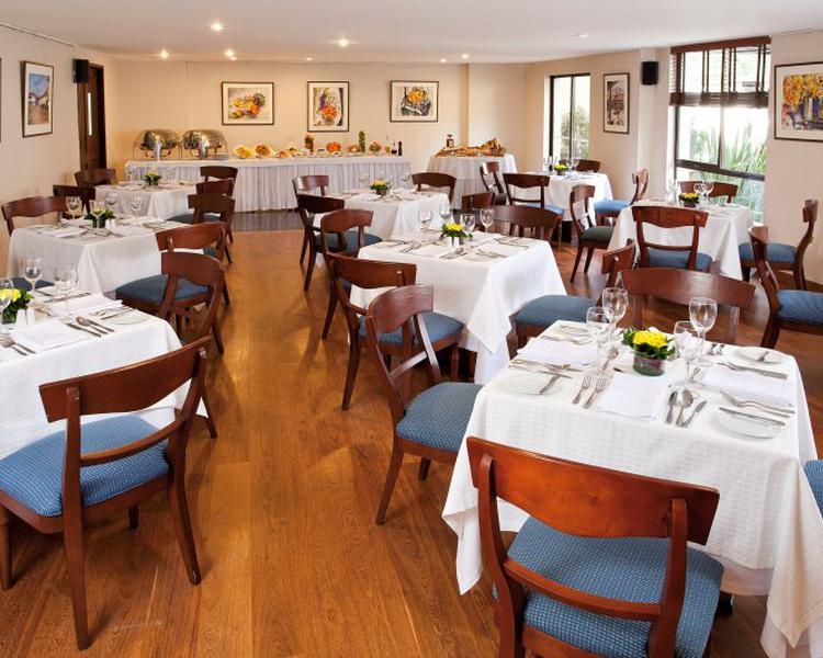 RESTAURANTE SANKARA Hotel ESTELAR Suites Jones Bogotá