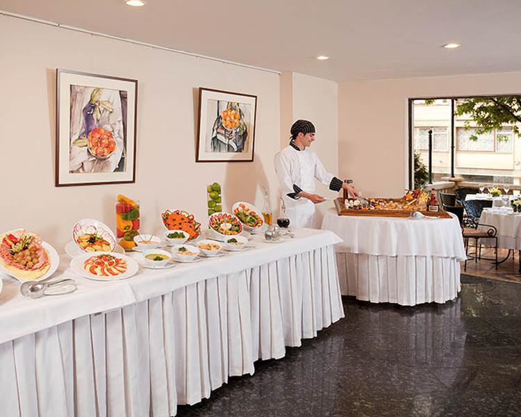 BUFFET Hotel ESTELAR Suites Jones Bogotá